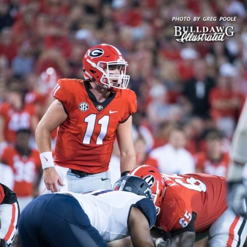 Jake Fromm (11) scans the Samford defense at the line - Athens, GA, Saturday, Sept. 16, 2017 -