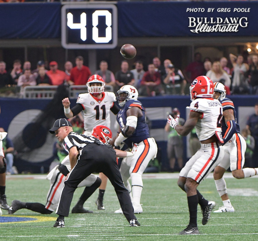 Jake Fromm (11) fires a strike to Mecole Hardman (4) - 2017 SEC Championship, Saturday, Dec. 2, 2017 -
