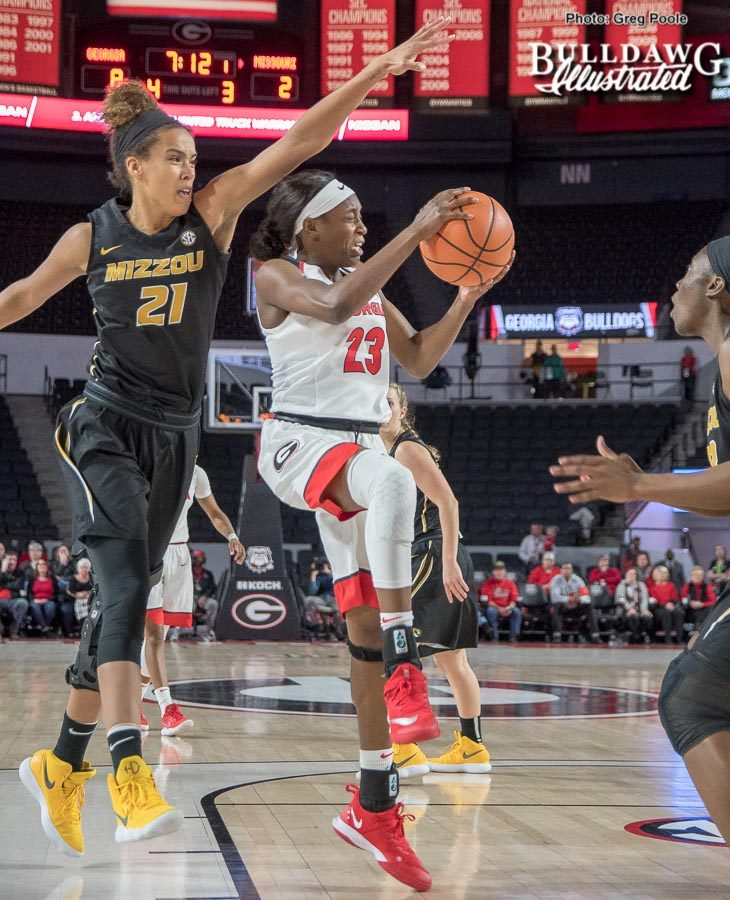 Que Morrison led all scorers in this defensive game that saw a true team effort in the Lady Dogs 62-50 win over the No.12 Missouri Tigers.