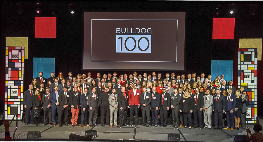 2018 Bulldog 100 group photo