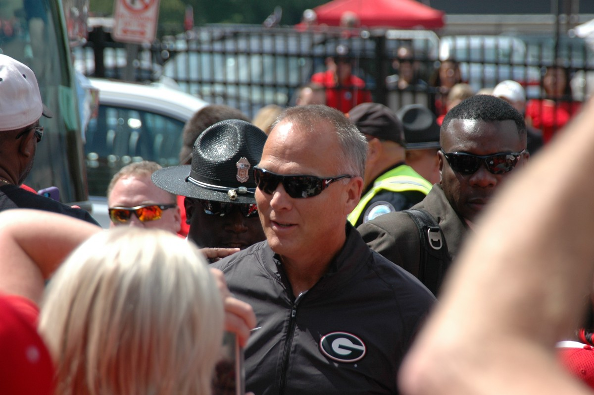 Mark Richt getting off the bus UGA vs Vandy game 09-12-2015 (Photo by Greg Poole  / Bulldawg Illustrated)
