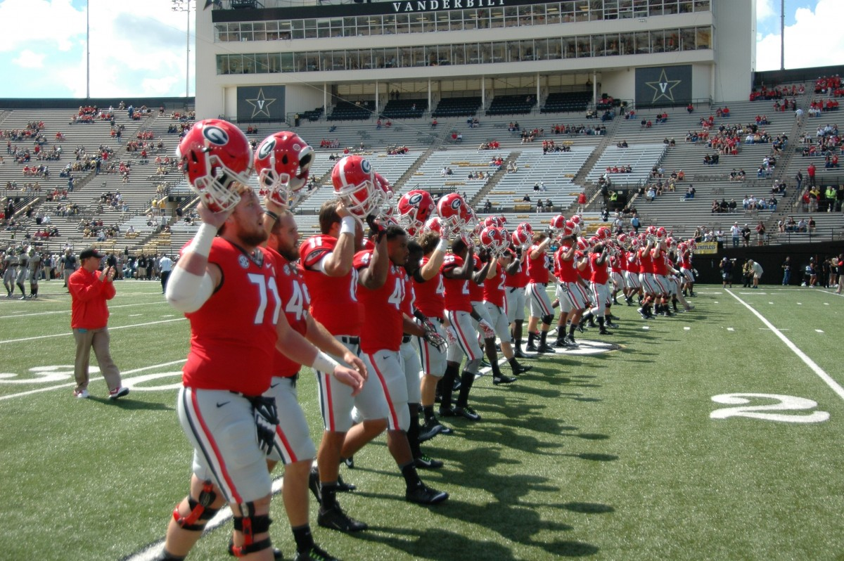 Georgia Bulldawgs football team marches into Vanderbilt Stadium 09-12-2015 (Photo by Greg Poole / Bulldawg Illustrated)