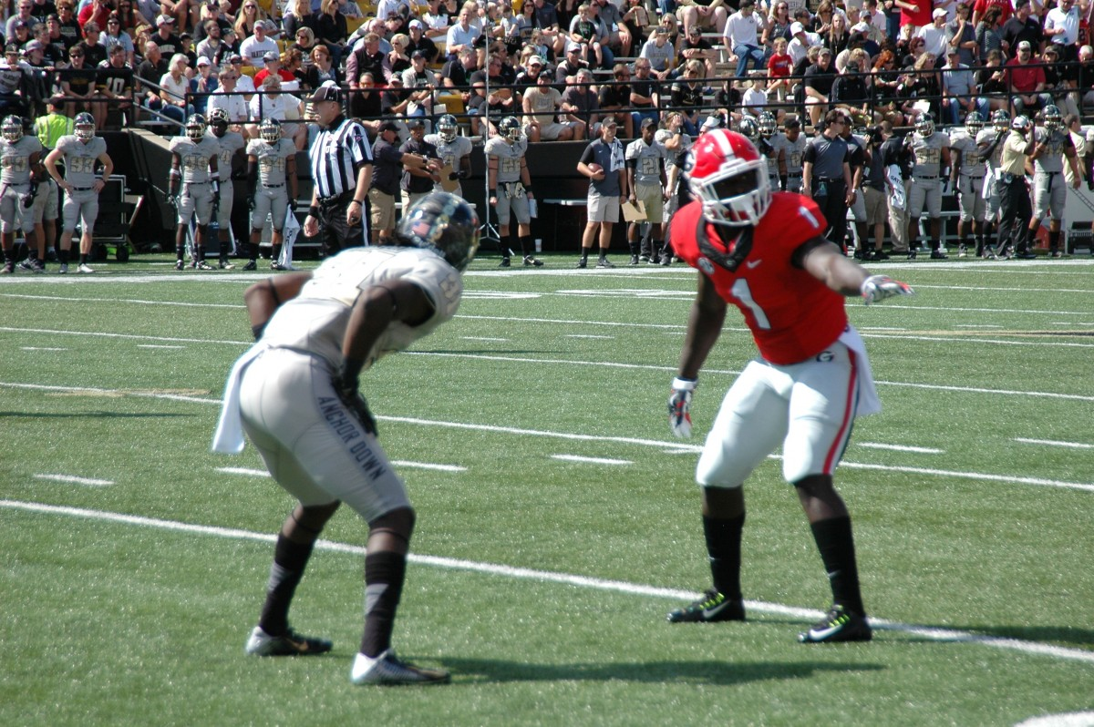 Sony Michel lined up and ready to go - first half UGA vs Vandy 09-12-2015