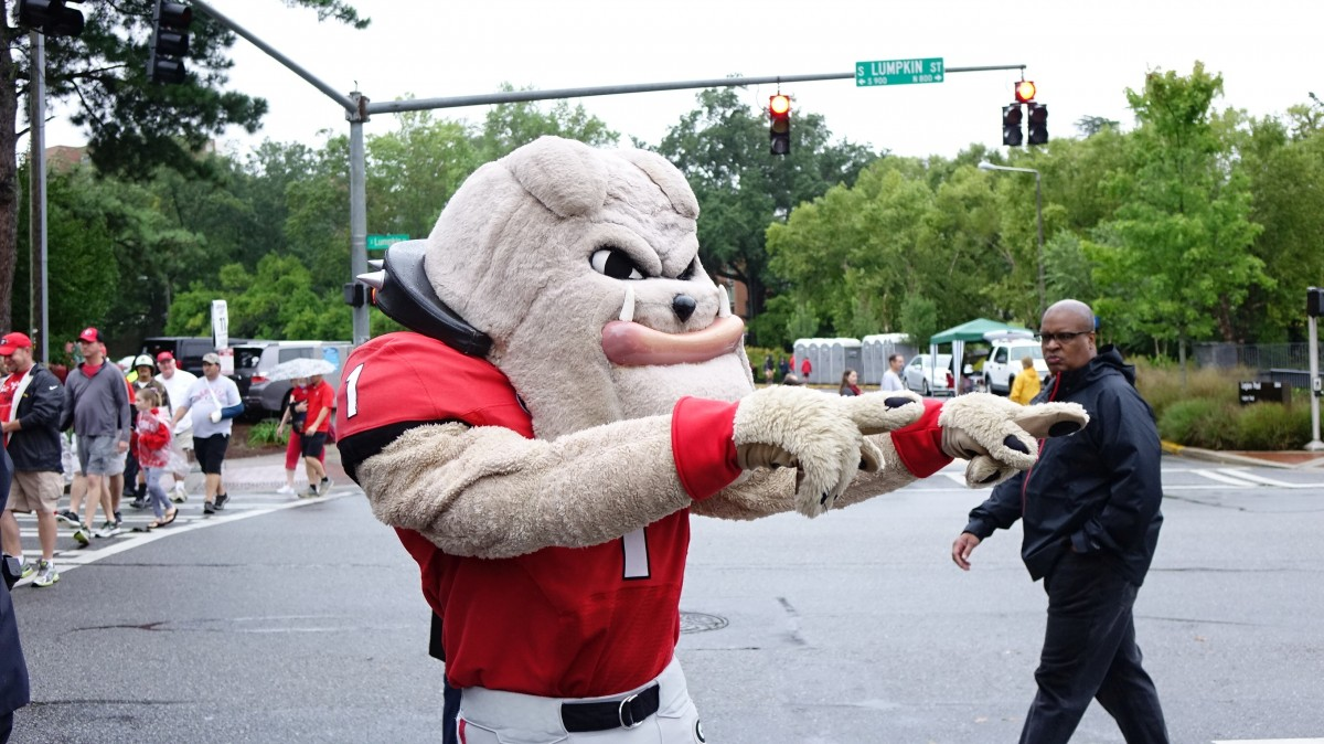 Hairy Dawg at Dawg Walk before SouthernU game 09-26-2015 (Photo by Greg Poole / Bulldawg Illustrated)