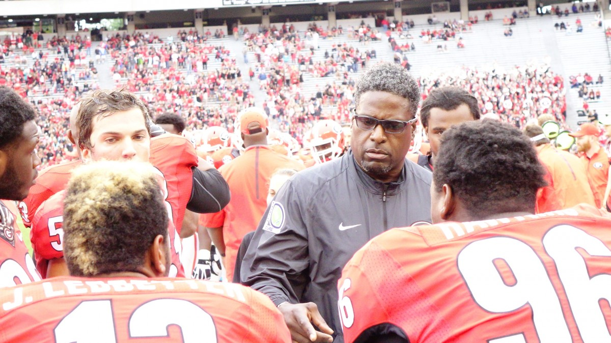 Coach Tracy Rocker talks with the d-line 2nd half of SouthernU game 09-26-2015 (Photo by Greg Poole / Bulldawg Illustrated)