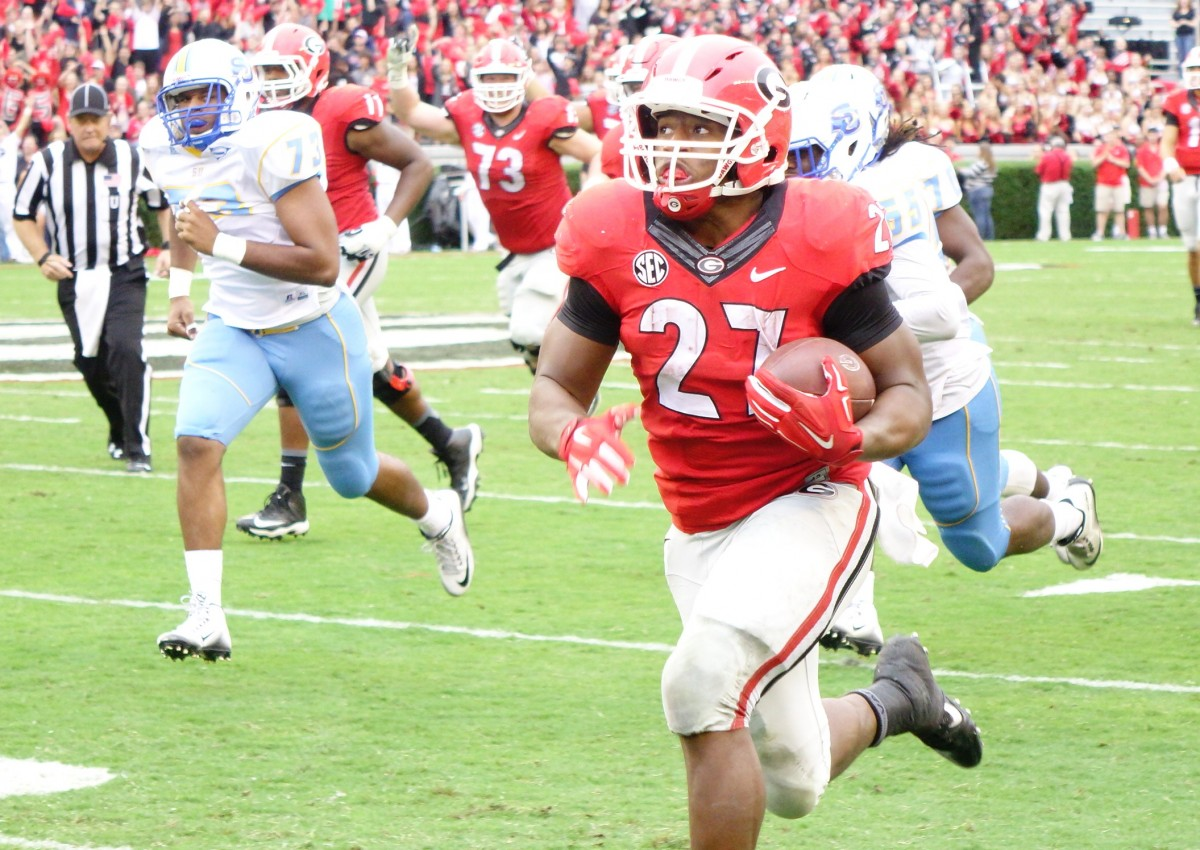 Nick Chubb breaks free for a long run 2nd Half of SouthernU game 09-26-2015 (Photo by Greg Poole / Bulldawg Illustrated)