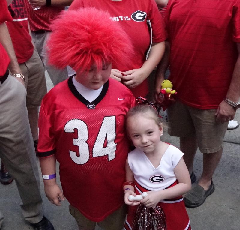 Dawg Walk Kids:  Georgia-Florida 31-Oct-2015 (Photo by Bulldawg Illustrated's Greg Poole)