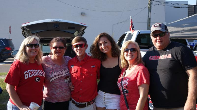 WLOCP - Fans pregame tailgating - 31-Oct-2015 (Photo by Bulldawg Illustrated's Greg Poole)