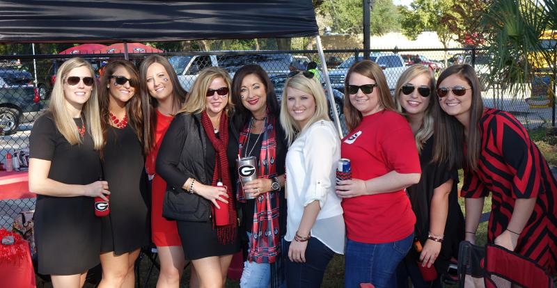 Georgia fans tailgating Georgia-Florida 31-Oct-2015 (Photo by Bulldawg Illustrated's Greg Poole)