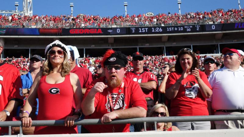 Georgia fans 1st half Georgia-Florida 31-Oct-2015 (Photo by Bulldawg Illustrated's Greg Poole)