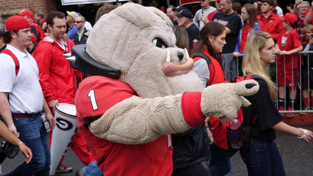 Hairy Dawg - Dawg Walk - Kentucky vs. Georgia 07-Nov-2015 Hairy Dawg Dawg Walk Kentucky vs. Georgia 07-Nov-2015 (Photo by Bulldawg Illustrated's Greg Poole)