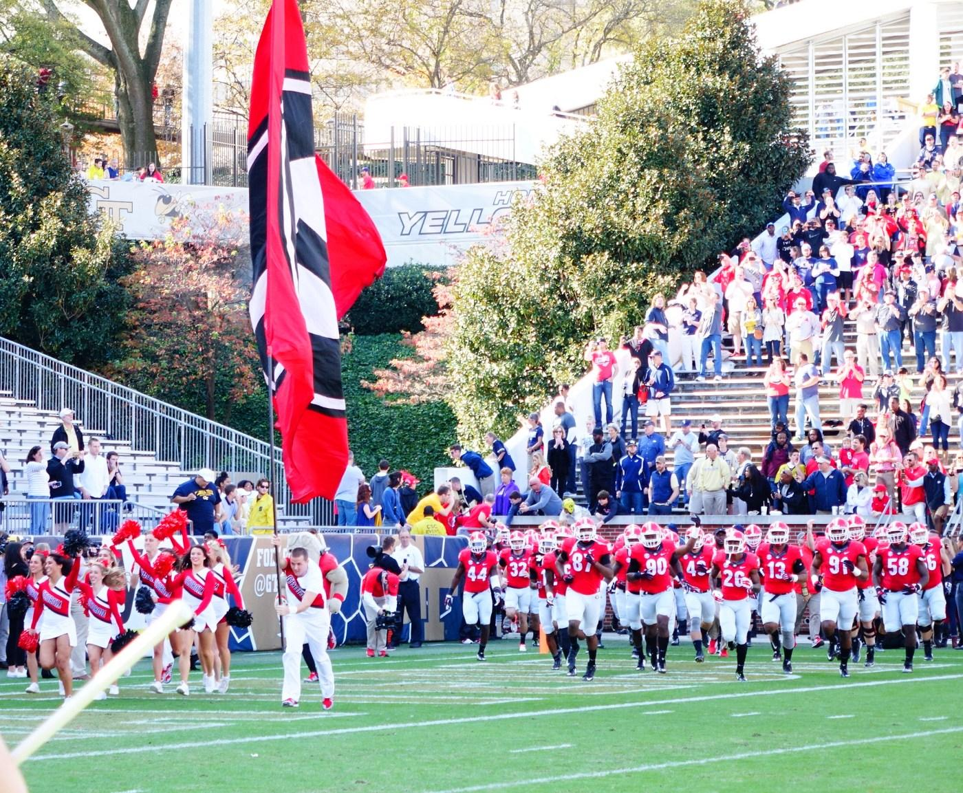Here come the Dawgs - UGA vs. GT 28-Nov-2015 (Photo by Bulldawg Illustrated's Greg Poole)
