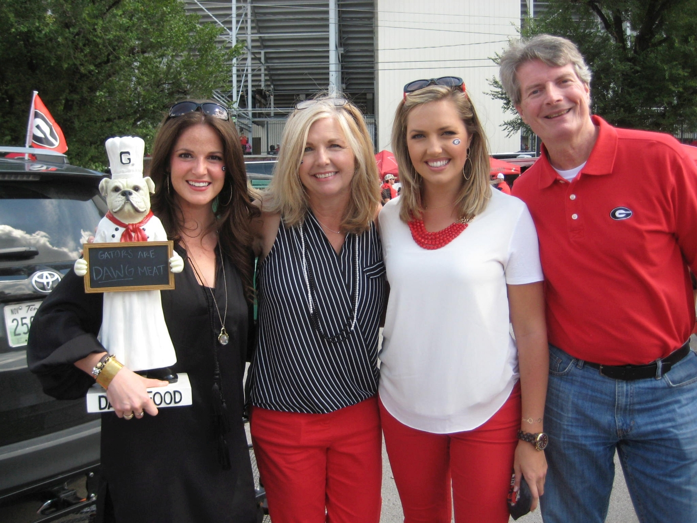 Alysse Whatley, Kathy Ethridge, Christie Ethridge and David Ethridge  - UGA vs. Vandy 12-Sept-2015 (Photo by Cheri and Vance Leavy)