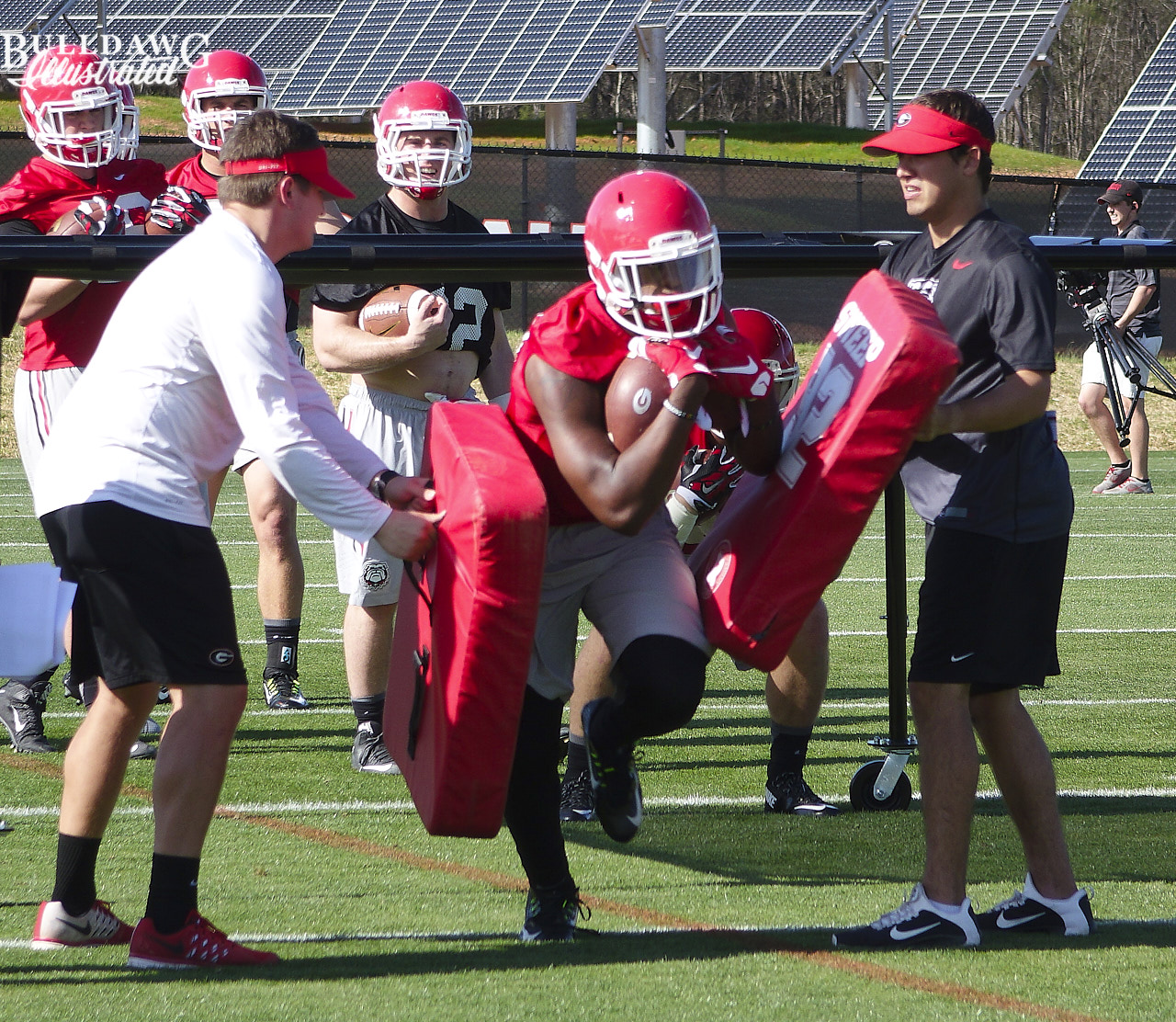 Tae Crowder during ball security drill