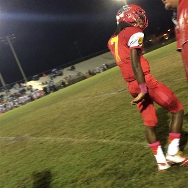 Dorian Hall (7) - Class of 2017 - South Broward Varsity Football, Hollywood, FL (photo from Hudl.com)