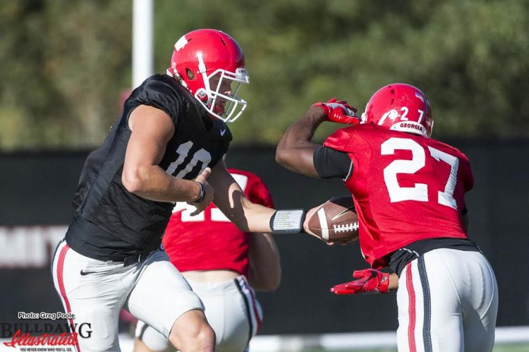Jacob Eason (10) hands off to Nick Chubb (27) in practice as the Dawgs prepare for Florida (photo by Greg Poole/Bulldawg Illustrated)