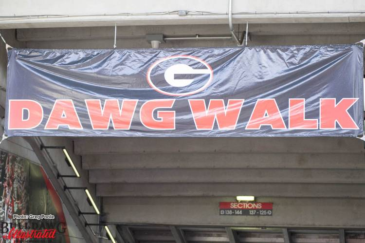 Dawg Walk - Georgia vs Auburn 12-Nov-2016 (Photo: Greg Poole/Bulldawg Illustrated)