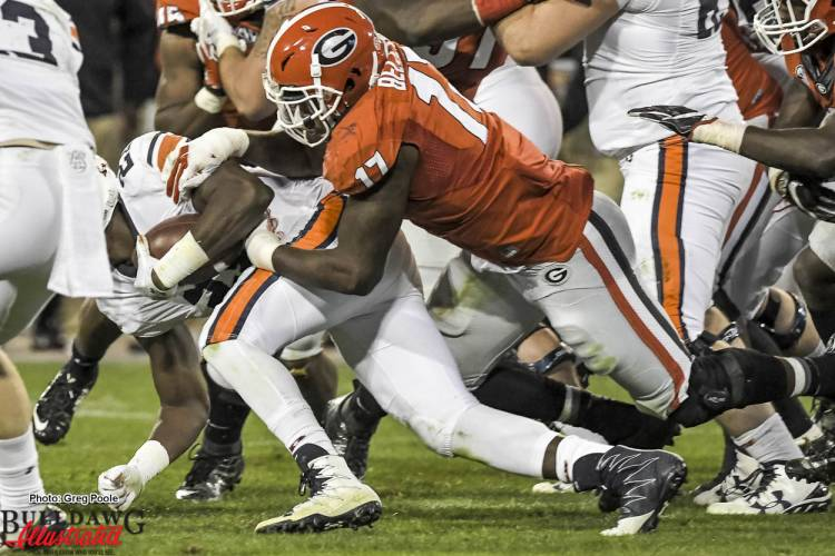 Davin Bellamy (17) tackles Tiger ball carrier - Georgia vs Auburn 12-Nov-2016