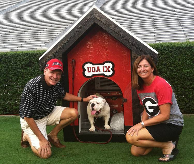 Ken and Jody Jackson with Uga IX