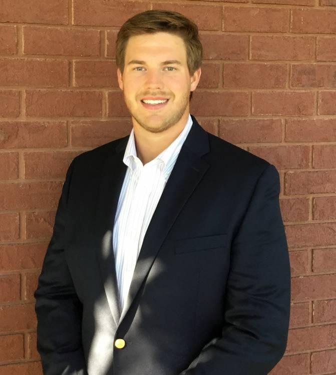Kolton Houston, University of Georgia offensive lineman 2010-2015