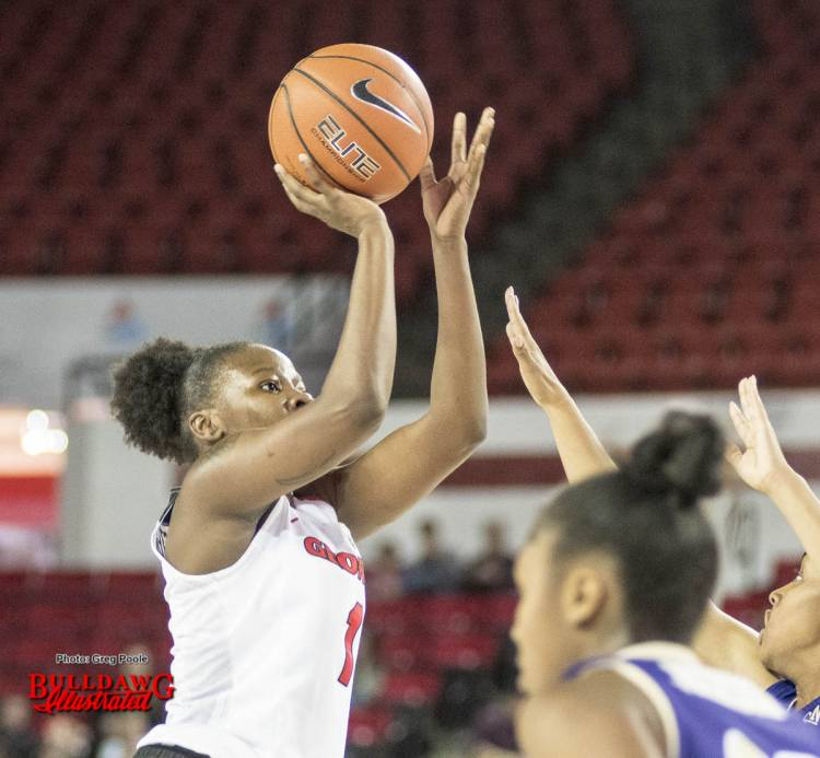 Shanea Armbrister with the jumpshot vs. Western Carolina