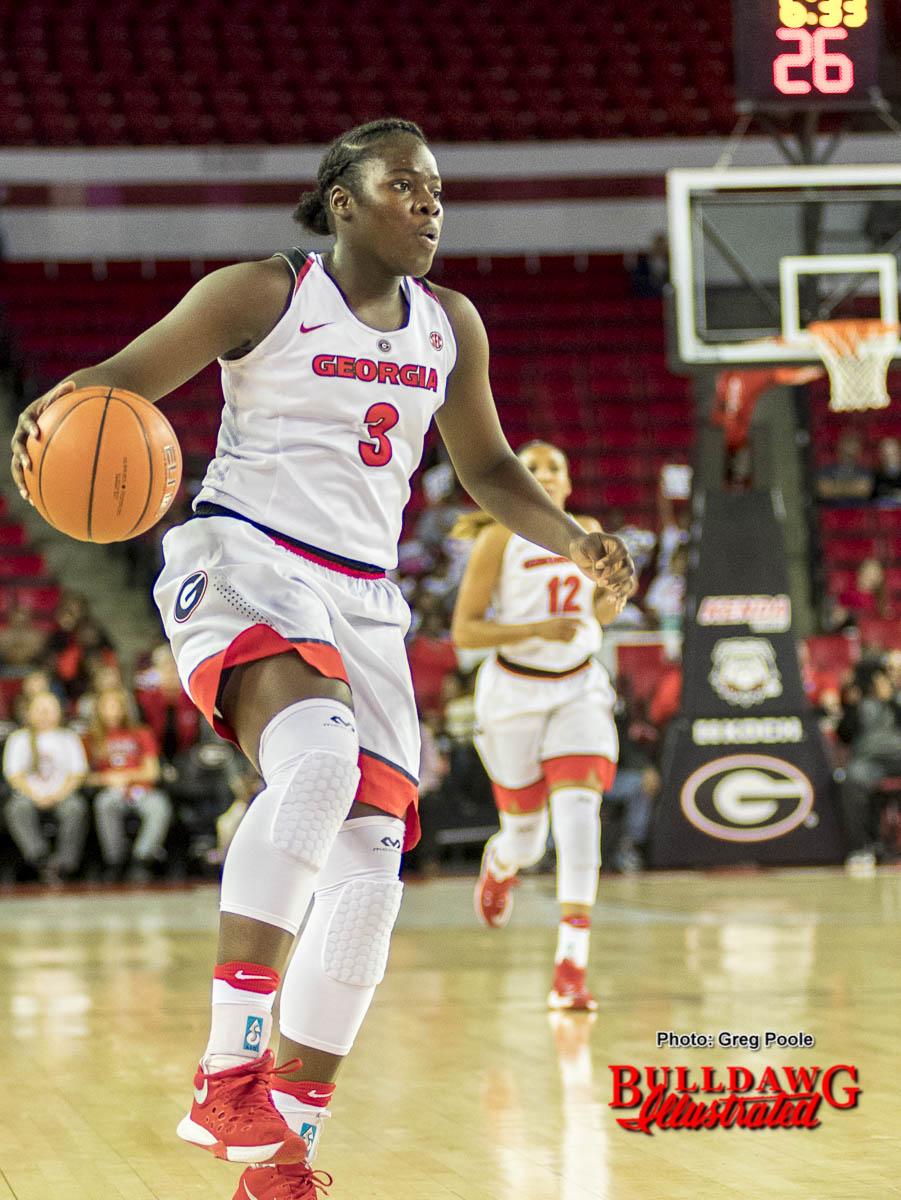 Stephanie Paul brings the ball down the court