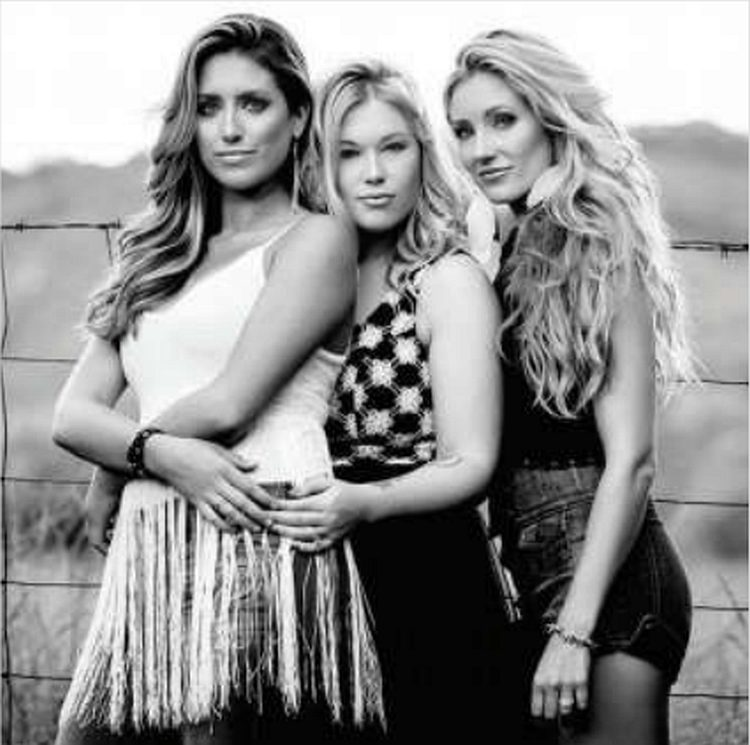 Shelby McLeod (left) with Post Monroe band mates Ashlee Hewitt and Whitney Duncan